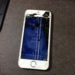 【iPhone5S修理】「重度ガラス&液晶割れ」奈良県生駒郡三郷町Yさま
